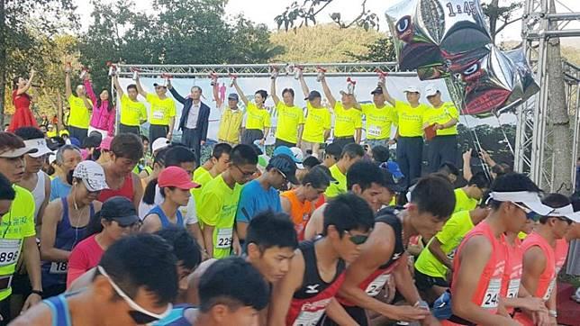 ▲台塑集團於2018年12月舉辦宜蘭龍潭湖生態路跑活動,吸引近4000人參與。(圖/NOWnews資料照片)