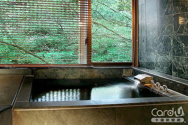 獲米其林指南推薦的日勝生加賀屋,主打日式管家服務、和風環境,彷彿身在日本泡湯(圖/易遊網 提供)